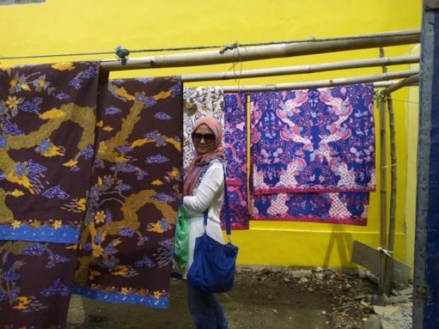 One Day Trip; Berburu Batik di Kampung Batik Trusmi