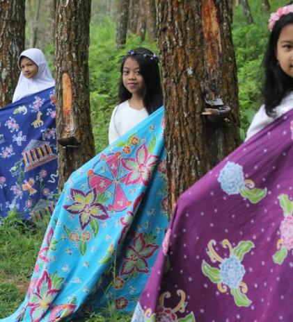 Anjani Merintis Batik Bantengan dari Batu, Malang