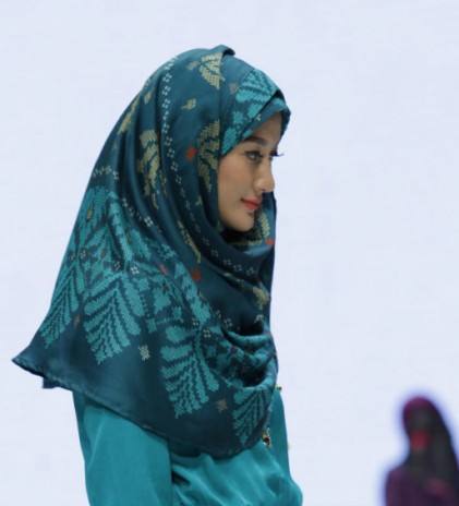 Bokitta: Pin-less Wrapped Hijabs for Modern Muslim Women
