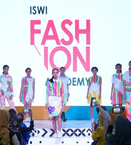 Langkah Baru ISWI Fashion Academy di Dunia Mode Indonesia