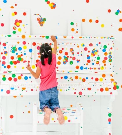 Menjelajah Dunia Imajinasi Anak di Children's Biennale 2017