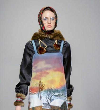 Modestwear & Headscarf Pada Fashion Show Stella Jean FW 2017
