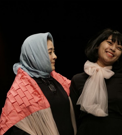 Nuniek Mawardi & Astri Lestari: A Mix of Asian-European Looks from A Mom-Daughter Collaboration