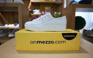 Belanja Online Wakai, Keds, TLTSN dan Banyak Lagi di Onmezzo.com