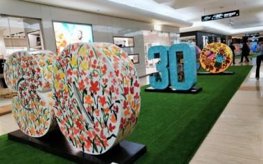 Instalasi '30' Tahun Plaza Indonesia dari 30 Seniman