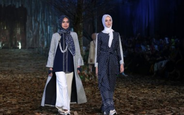 Ivan Gunawan Gelar Show Koleksi Ramadhan dari Mandjha dan Khalif