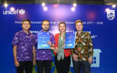 Kampanye 'Terangi Masa Depan' Philips-UNICEF Bantu 5000 Anak Indonesia Kembali Bersekolah