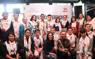 Kolaborasi Desainer + Brand yang Unik & 'Unexpected' dalam Plaza Indonesia Fashion Week 2018
