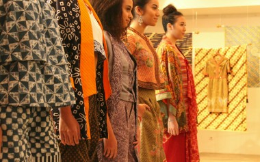 Nantikan Batik Fashion Week Akhir September 2016