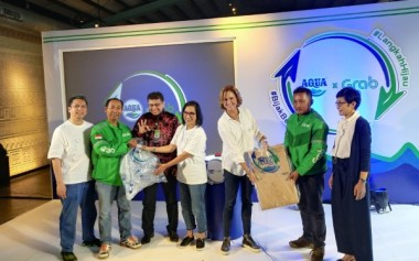 Pilah Sampah Plastik, Kirim Via GrabExpress Recycle