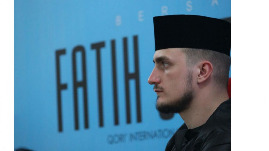 Fatih Seferagic, Menebar Kebaikan Islam Lewat Lantunan Al Qur'an