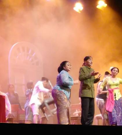 'Opera' Pra Kemerdekaan yang Penuh Tawa