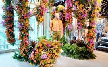 Belanja di Tengah Taman Bunga Segar, Kunjungi Central Dept. Store Minggu Ini!