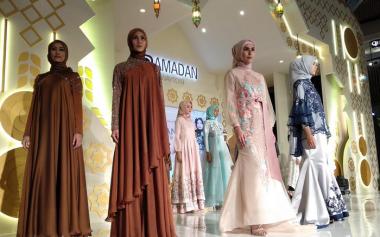 Fashion, Kuliner hingga Kaligrafi di Ramadhan Runway 2020 Kota Kasablanka