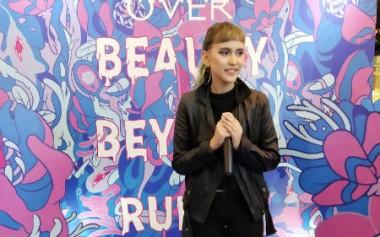 Meet 2 Young Emerging Artists, Rachel Ajeng & Shane Tortilla